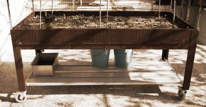 mesa de cultivo de acero corten  fabricada a medida de diseño exclusivo en Barcelona