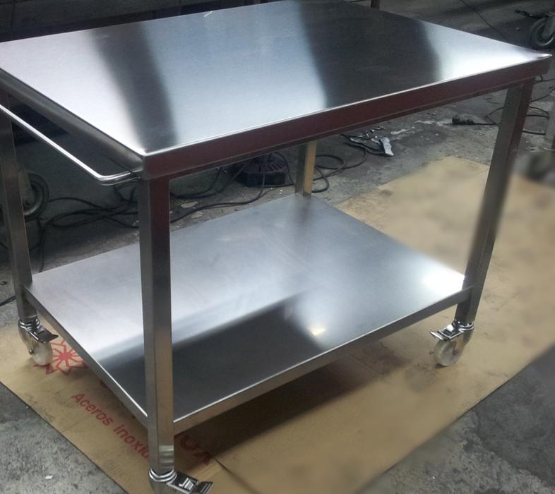 TASINOX Muebles de acero inoxidable para hostelería y restauración